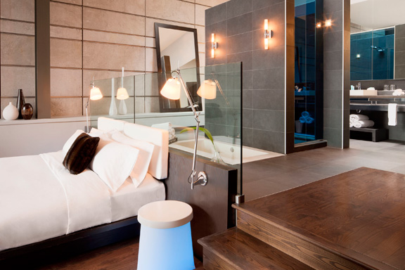 WHotel_Montreal_Bath3