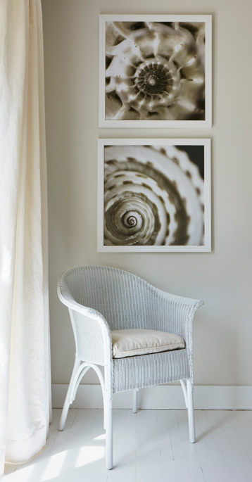 A nice vignette with one of the dining chairs.
