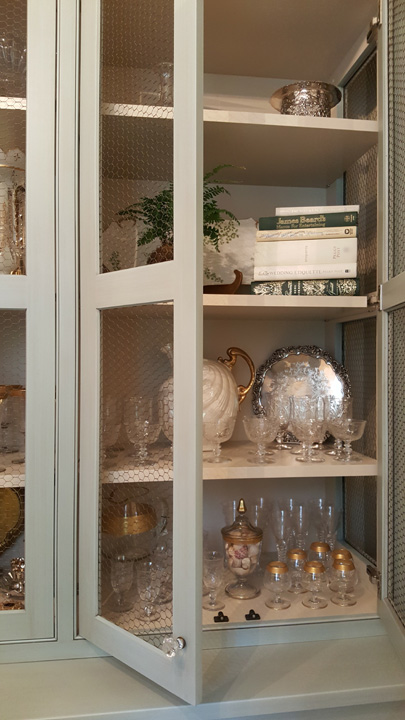 Butler's pantry by Aidan Design