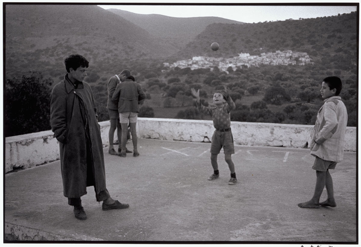 "Greece. Crete. Elounta. 1964. Playing in the square. ""A Greek Portfolio"" p.10 © Costa Manos/Magnum Photos"