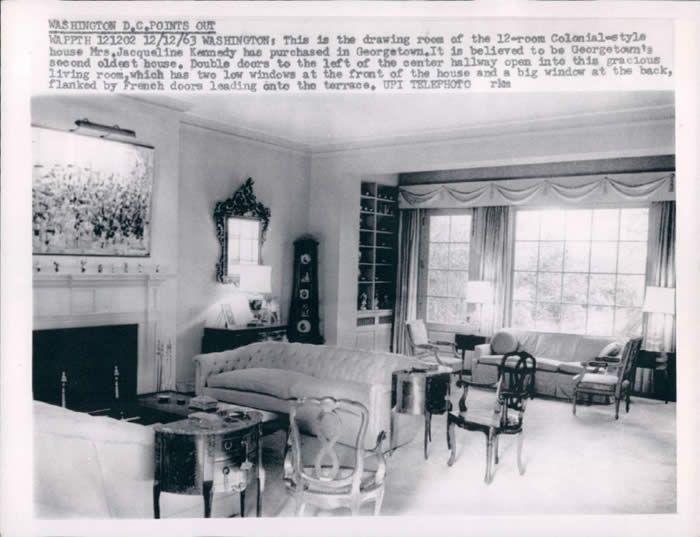 old-livingroom