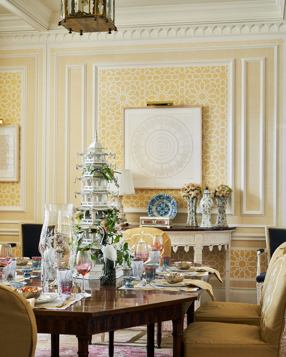 Yellow dining room in the 2020 Kips Bay Dallas Showhouse, by Cathy Kincaid.