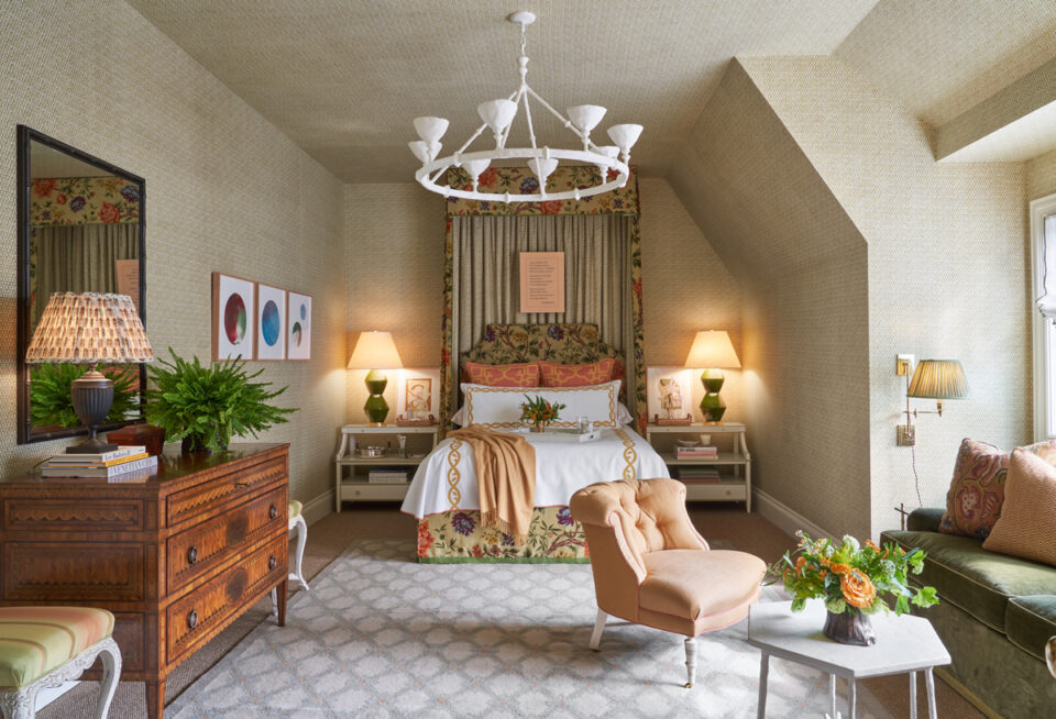 Guest bedroom by Wells Design at the 2020 Dallas Kips Bay showhouse